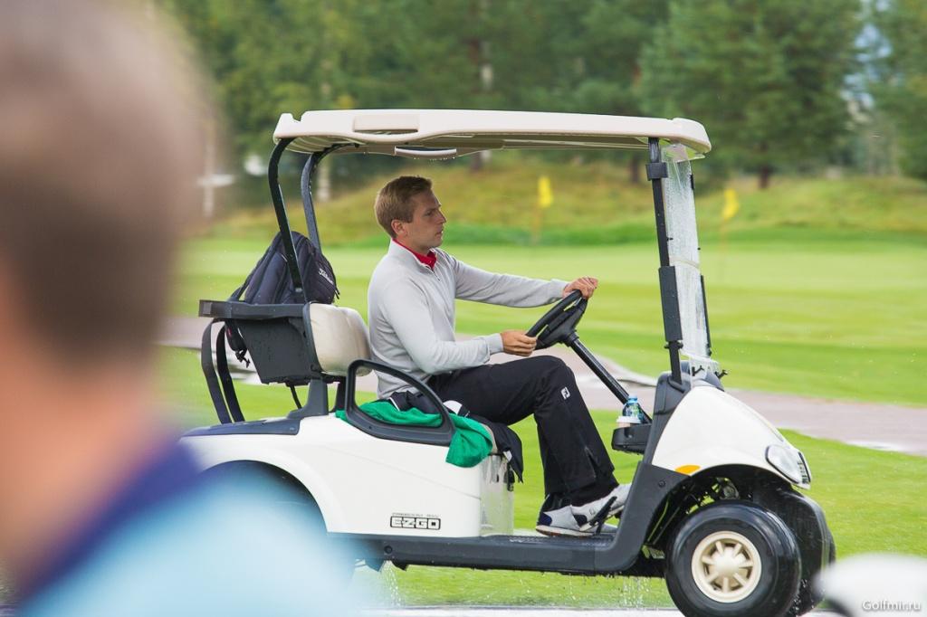 Dmitry Zakharov Golf Golfmir.ru.jpg